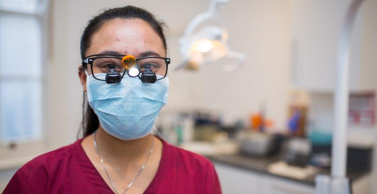 dentist with facemask